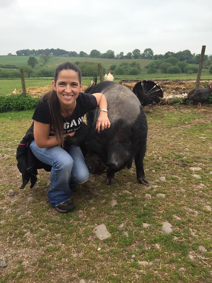 Lynn with pig